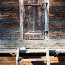 Фотография: Декор в стиле Кантри, Дом, Праздник, Дома и квартиры, Новый Год, Шале, Фасад – фото на InMyRoom.ru