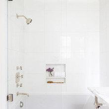 Фото из портфолио Большие идеи дизайна для маленьких ванных комнат – фотографии дизайна интерьеров на INMYROOM