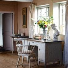 Фотография: Кабинет в стиле Кантри, Дом, Швеция, Антиквариат, Дома и квартиры – фото на InMyRoom.ru