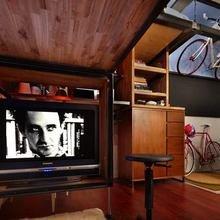 Фотография: Гостиная в стиле Лофт, Малогабаритная квартира, Квартира, Мебель и свет, Эко – фото на InMyRoom.ru