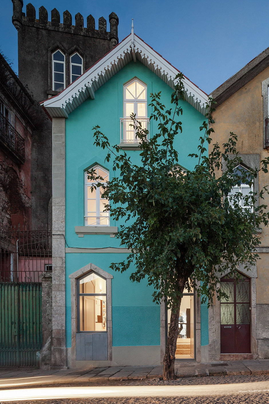 Фотография: Архитектура в стиле Прованс и Кантри, Декор интерьера, Дом, Цвет в интерьере, Дома и квартиры, Белый – фото на InMyRoom.ru