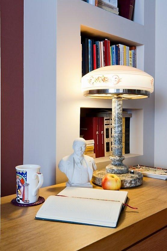 Фотография: Офис в стиле Классический, Современный, Малогабаритная квартира, Квартира, Цвет в интерьере, Дома и квартиры, Переделка – фото на InMyRoom.ru