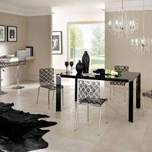 Фотография: Кухня и столовая в стиле Классический, Современный, Декор интерьера, Мебель и свет, Журнальный столик – фото на InMyRoom.ru