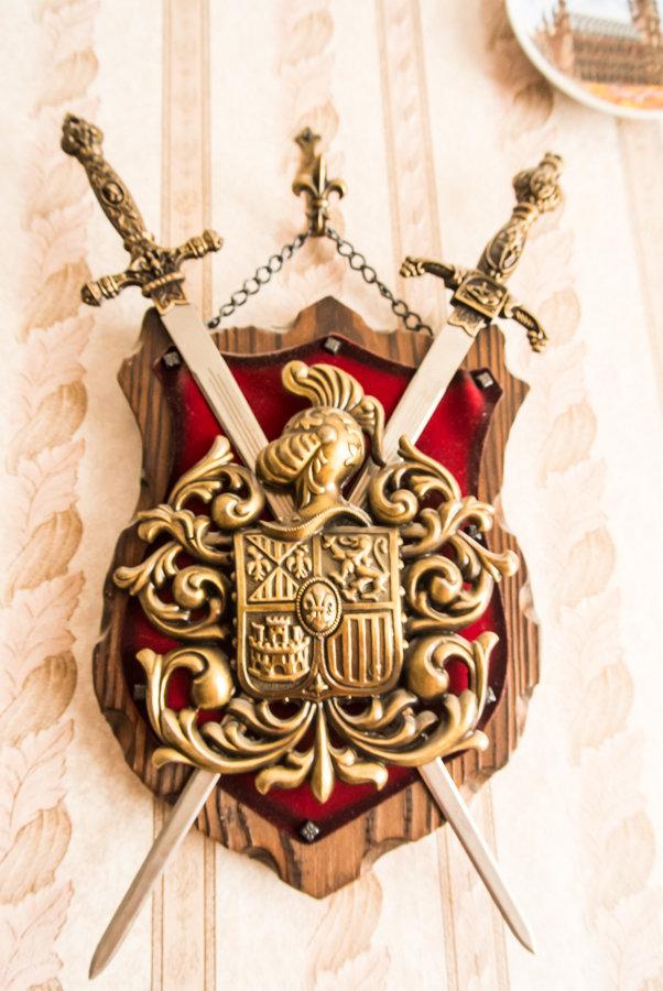 Герб сувенирный продам