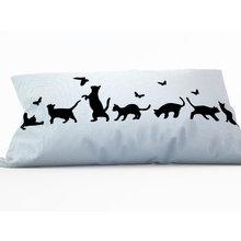 Диванная подушка: Котики на охоте