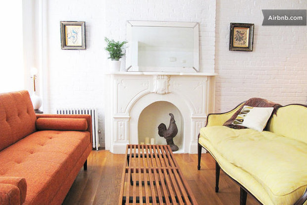 Фотография: Гостиная в стиле Прованс и Кантри, Airbnb – фото на InMyRoom.ru