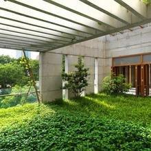 Фотография: Ландшафт в стиле Современный, Дом, Дома и квартиры – фото на InMyRoom.ru