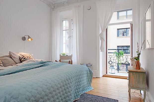 Фотография: Спальня в стиле Классический, Декор интерьера, Дизайн интерьера, Цвет в интерьере, Советы, Белый – фото на InMyRoom.ru