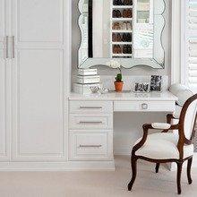 Фотография: Мебель и свет в стиле Классический, Современный, Гардеробная, Хранение, Интерьер комнат – фото на InMyRoom.ru
