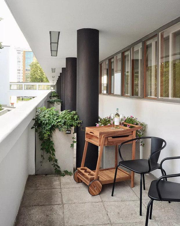 Фотография: Балкон в стиле Скандинавский, Квартира, Реставрация, Гид, отделка, INT2architecture, Конструктивизм, советский дизайн, «Гинзбург Архитектс» – фото на INMYROOM