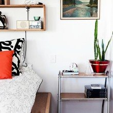 Фотография: Спальня в стиле Скандинавский, Декор интерьера, Мебель и свет, Декор дома – фото на InMyRoom.ru