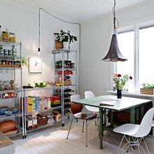 Фотография: Кухня и столовая в стиле Скандинавский, Квартира, Дом, Цвет в интерьере, Дома и квартиры, Белый – фото на InMyRoom.ru