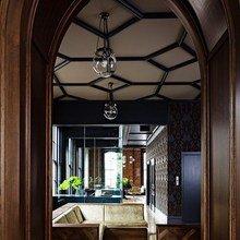 Фотография: Мебель и свет в стиле Восточный, Офисное пространство, Офис, Дома и квартиры, Готический – фото на InMyRoom.ru