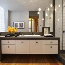 Фотография: Ванная в стиле Современный, Лофт, Квартира, Дома и квартиры, Стеллаж, Барная стойка – фото на InMyRoom.ru