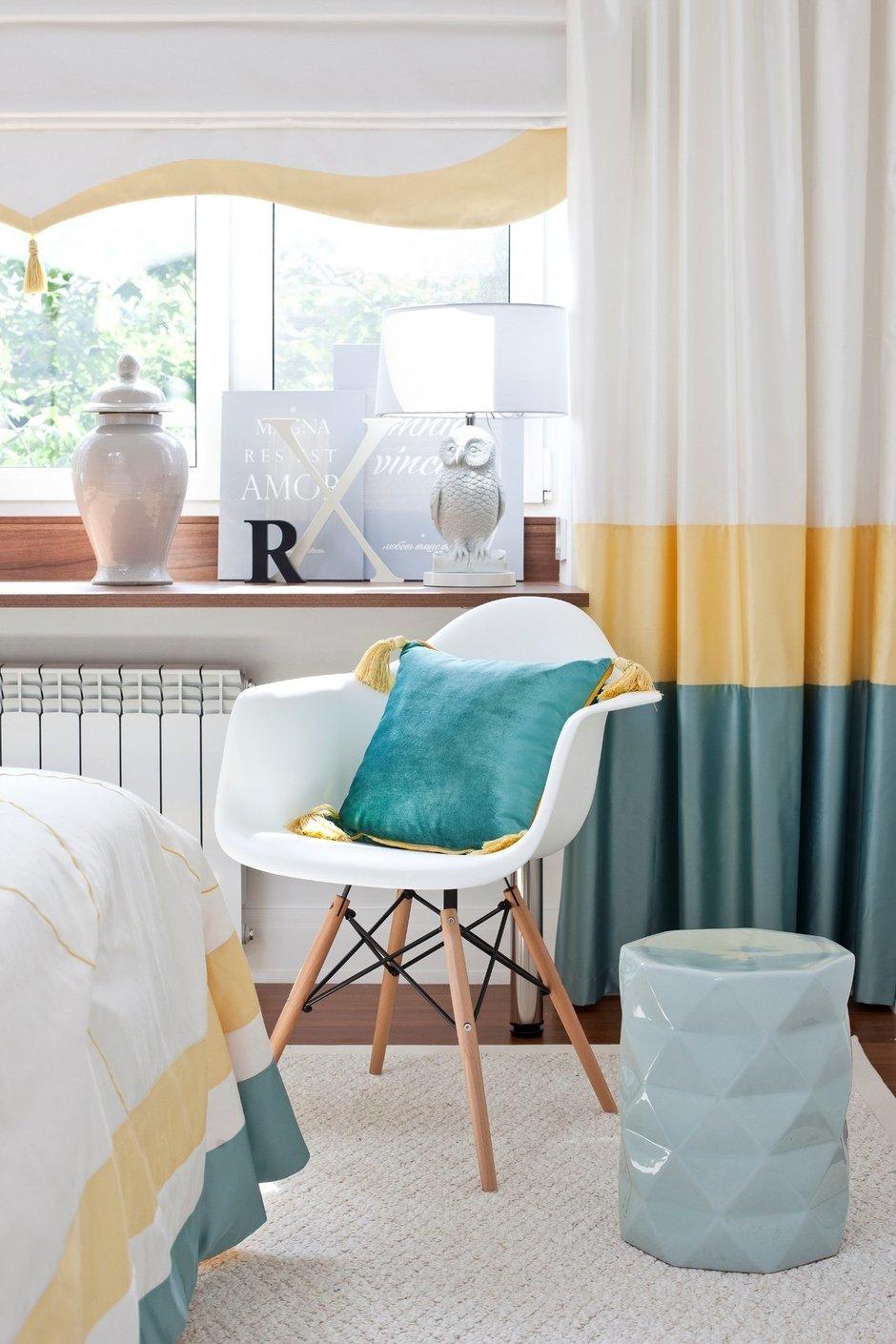 Фотография: Спальня в стиле Современный, Интерьер комнат, Мебель и свет, Проект недели – фото на InMyRoom.ru