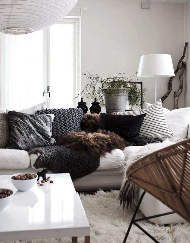 Фотография: Гостиная в стиле Скандинавский, Декор интерьера, Текстиль – фото на InMyRoom.ru