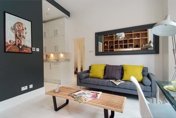 Фотография: Гостиная в стиле Современный, Декор интерьера, Малогабаритная квартира, Квартира, Дома и квартиры, Лондон, Квартиры – фото на InMyRoom.ru