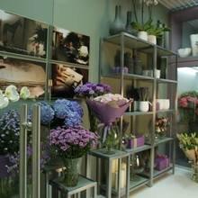 Фото из портфолио Салон флористики на Новой Риге – фотографии дизайна интерьеров на InMyRoom.ru