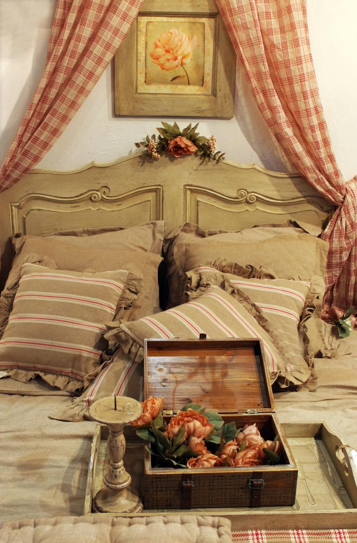 Фотография: Спальня в стиле Прованс и Кантри, Классический, Современный, Декор интерьера, Квартира, Дом, Декор дома – фото на InMyRoom.ru