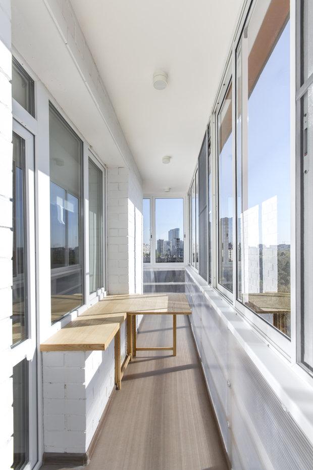 Фотография: Балкон, Терраса в стиле Лофт, Квартира, BoConcept, Дома и квартиры, Белый, IKEA, Проект недели, Мансарда – фото на INMYROOM