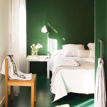 Фотография: Спальня в стиле Восточный, Минимализм, Малогабаритная квартира, Квартира, Цвет в интерьере, Дома и квартиры, Зеленый – фото на InMyRoom.ru