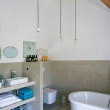Фотография: Ванная в стиле Скандинавский, Дом, Франция, Дома и квартиры, Фьюжн – фото на InMyRoom.ru