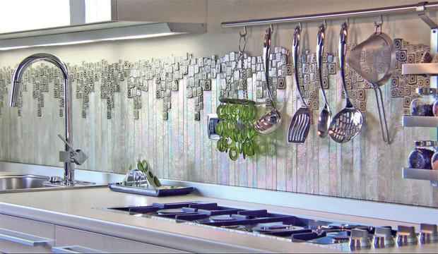 Фотография:  в стиле , Декор интерьера, Декор, Советы, мозаика на кухне, мозаика в интерьере, мозаичное панно в интерьере, мозаика на кухонном фартуке, мозаика на полу, мозаика в ванной комнате, мозаика в санузле, декор мебели мозаикой, декор каминного портала мозаикой, каминный портал из мозаики – фото на InMyRoom.ru