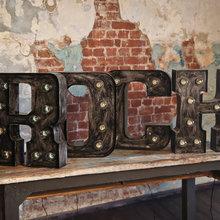 Фото из портфолио Буквы с лампочками – фотографии дизайна интерьеров на InMyRoom.ru