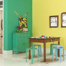 Фотография: Кухня и столовая в стиле Кантри, Декор интерьера, Дизайн интерьера, Цвет в интерьере, Dulux – фото на InMyRoom.ru