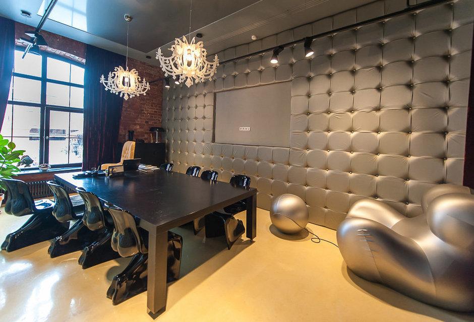 Фотография: Офис в стиле Классический, Современный, Эклектика, Офисное пространство, Дома и квартиры – фото на InMyRoom.ru