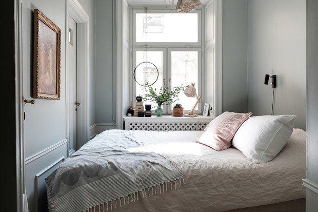 Фотография: Спальня в стиле Скандинавский, Классический, Современный, Эклектика, Декор интерьера, Квартира, Швеция, Белый, Черный, Стокгольм, как оформить эклектичный интерьер, 3 комнаты, 60-90 метров – фото на INMYROOM