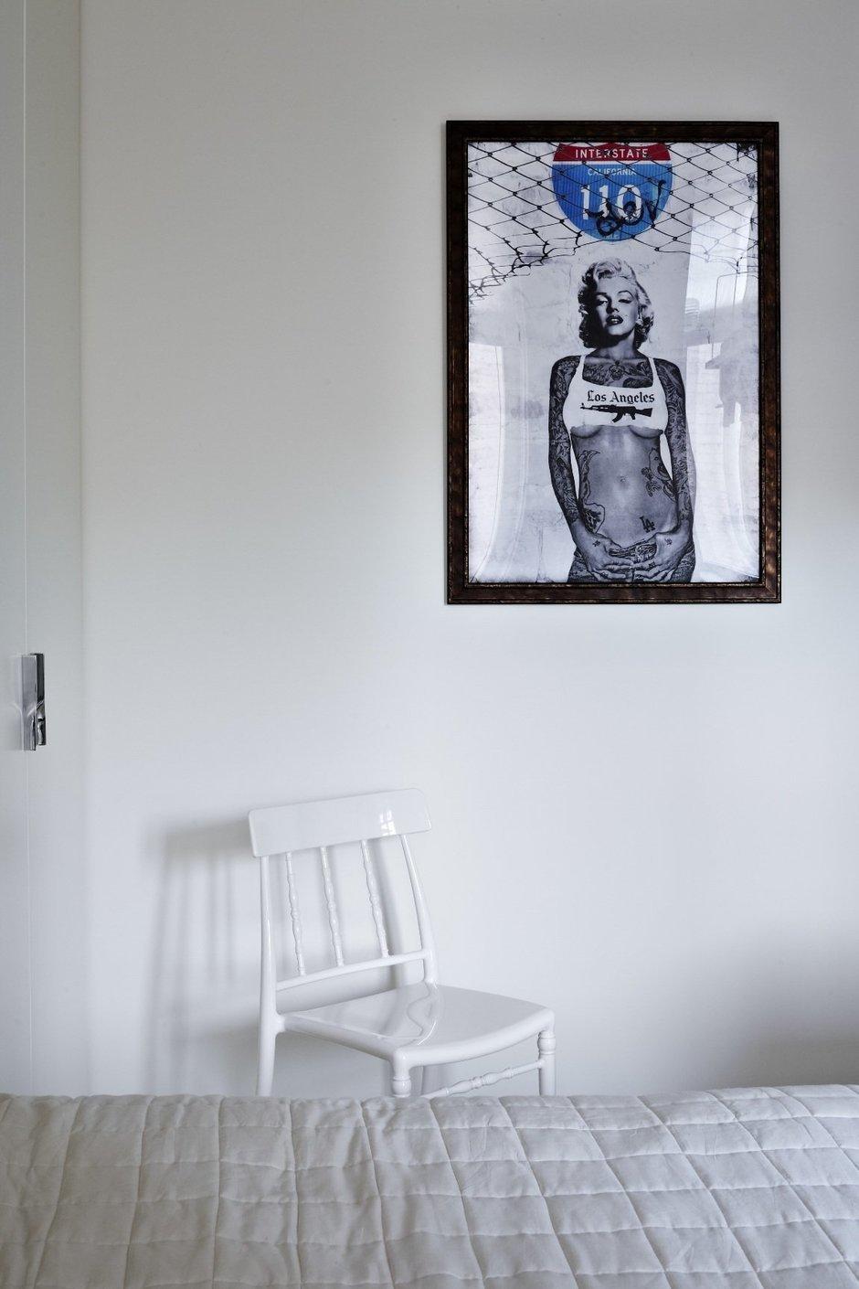 Фотография: Декор в стиле Современный, Спальня, Интерьер комнат, Цвет в интерьере, Белый, Проект недели – фото на InMyRoom.ru