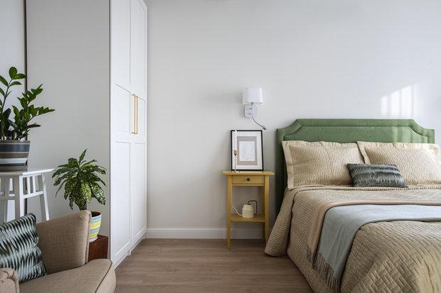 Фотография: Спальня в стиле Современный, Квартира, Проект недели, Москва, 1 комната, до 40 метров, Алиса Кащеева – фото на INMYROOM