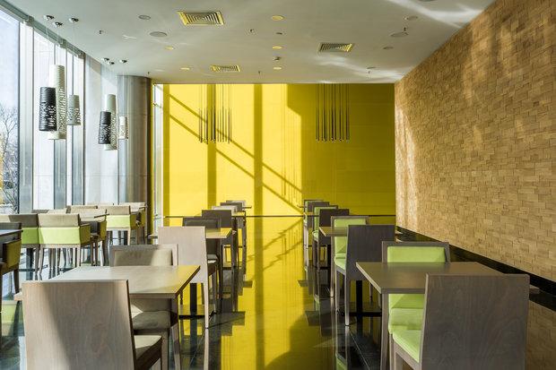 Фото из портфолио Кафе М25 в Химках – фотографии дизайна интерьеров на INMYROOM