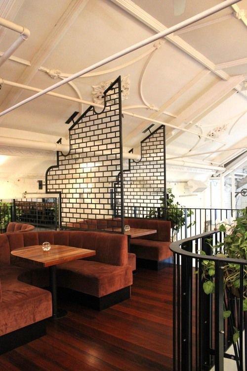 Фотография:  в стиле Современный, Декор интерьера, Мебель и свет, Перегородки – фото на InMyRoom.ru