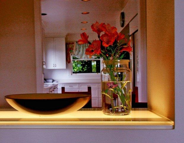 Фотография: Кухня и столовая в стиле Современный, Декор интерьера, Декор, Мебель и свет, освещение – фото на InMyRoom.ru