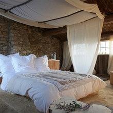 Фотография: Спальня в стиле Кантри, Ванная, Франция, Дома и квартиры, Городские места, Отель – фото на InMyRoom.ru