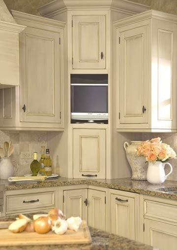 Фотография: Спальня в стиле Лофт, Кухня и столовая, Мебель и свет, Советы, Ремонт на практике – фото на InMyRoom.ru