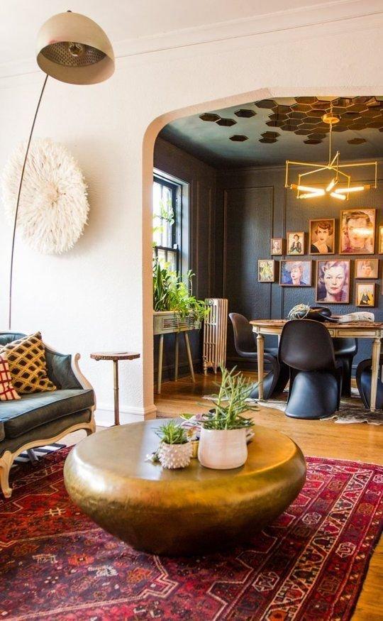 Фотография: Гостиная в стиле Восточный, Эклектика, Декор интерьера, Мебель и свет – фото на InMyRoom.ru