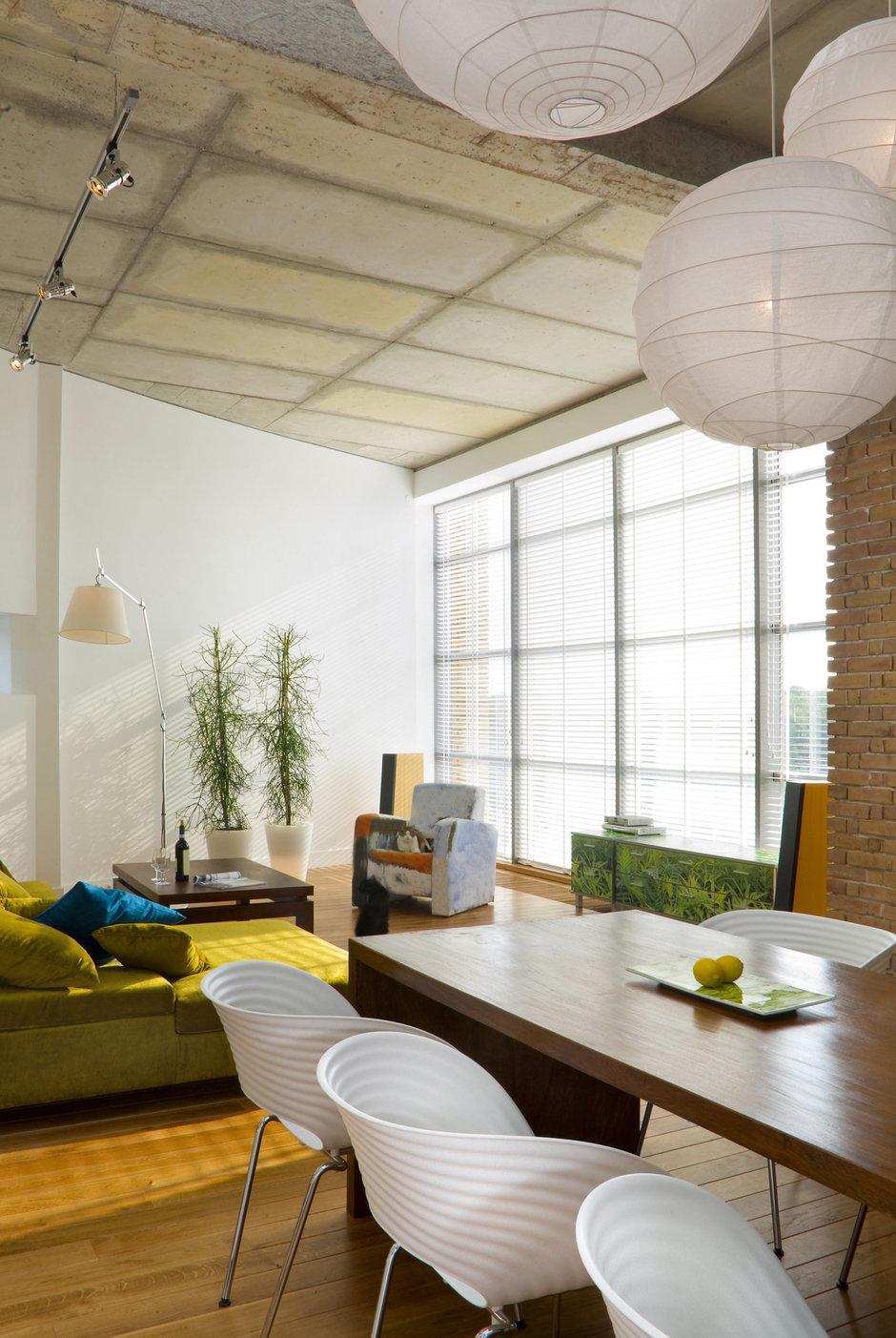 Фотография: Кухня и столовая в стиле Лофт, Современный, Декор интерьера, Квартира, Дома и квартиры, Стена, Индустриальный – фото на InMyRoom.ru