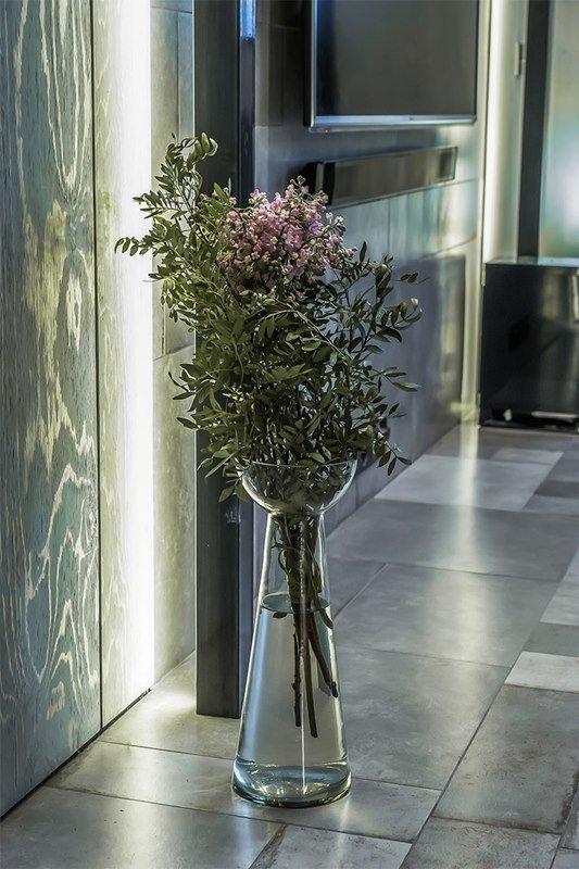 Фотография: Флористика в стиле , Интерьер комнат, Переделка, Индустриальный – фото на InMyRoom.ru