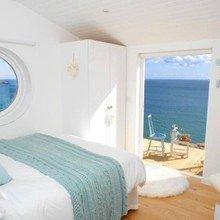Фотография: Спальня в стиле Кантри, Декор интерьера, Дом, Белый – фото на InMyRoom.ru