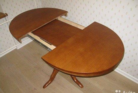 Новый деревянный стол