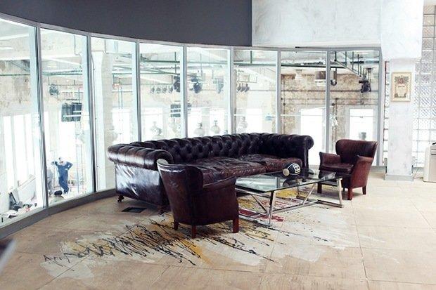 Фотография: Офис в стиле Классический, Лофт, Современный, Офисное пространство, Индустрия, Люди – фото на InMyRoom.ru