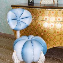 Фотография: Мебель и свет в стиле Современный, Эклектика, Декор интерьера, Кресло – фото на InMyRoom.ru