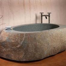 Фотография: Ванная в стиле Минимализм, Эко, Интерьер комнат, Подсветка, Ванна – фото на InMyRoom.ru