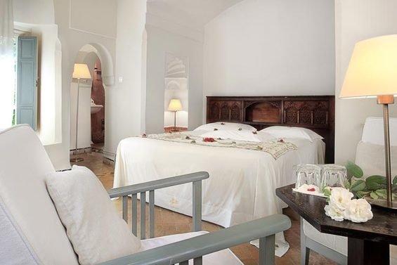 Фотография: Спальня в стиле Прованс и Кантри, Дома и квартиры, Городские места – фото на InMyRoom.ru