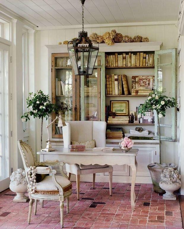 Фотография: Кабинет в стиле Прованс и Кантри, Декор интерьера, Квартира, Дом, Декор, Шебби-шик – фото на InMyRoom.ru