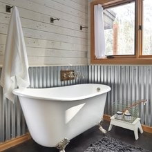Фотография: Ванная в стиле Кантри, Современный, Декор интерьера, Дизайн интерьера, Декор, Зеленый, Ванна, Эко – фото на InMyRoom.ru