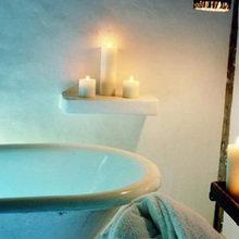 Фотография: Ванная в стиле Кантри, Дома и квартиры, Городские места, Отель, Бассейн, Эко, Балдахин – фото на InMyRoom.ru